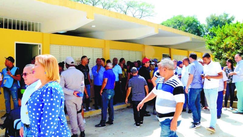 Elecciones primarias del PLD y PRM en Santiago. Hoy Wilson Aracena.