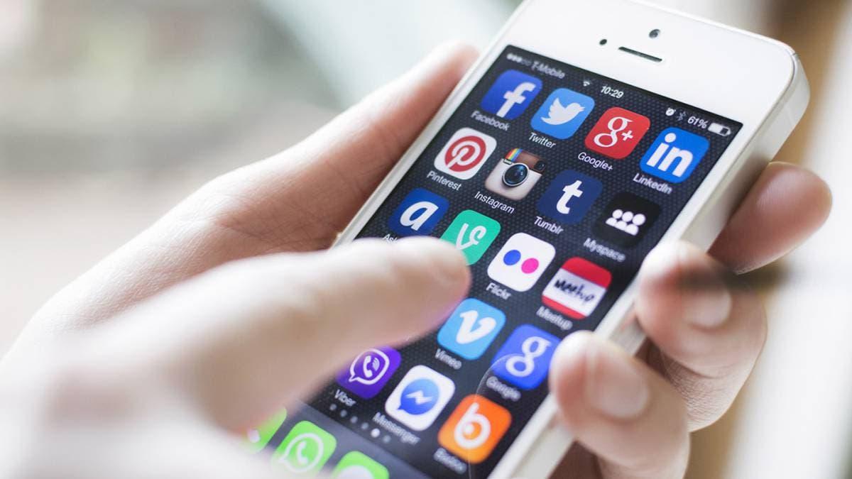 El uso de redes sociales afecta al sueño