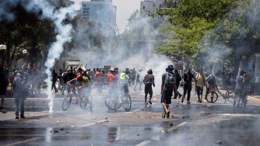 Aumentan a 19 los muertos en Chile tras una semana de protestas