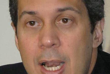 Rueda de prensa de Orlando Jorge Mera en la casa nacional del PRD/foto Jose de Leon