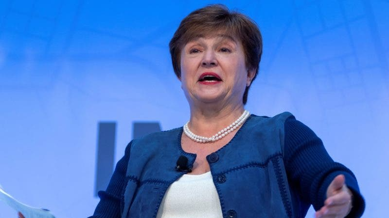 Washington (United States), 16/10/2019.- Kristalina Georgieva, Managing Director of the IMF, participates in the 'Can Central Banks Fight Climate Change?' discussion at the IMF Headquarters in Washington, DC, USA, 16 October 2019. The annual meetings continue through 19 October. (Estados Unidos) EFE/EPA/ERIK S. LESSER