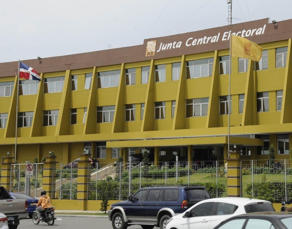 JCE: En el exterior se empadronaron589,497 dominicanos con fines electorales