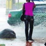 País - Lluvia sobre la ciudad de Santo Domigo. Ariel Díaz-Alejo / Periódico Hoy / 08 de diciembre del 2009.