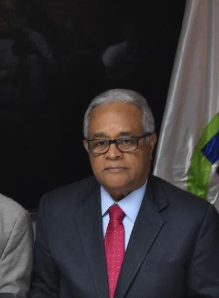 Rafael Sánchez Cárdenas se sometió a cinco pruebas PCR mientras fue Ministro