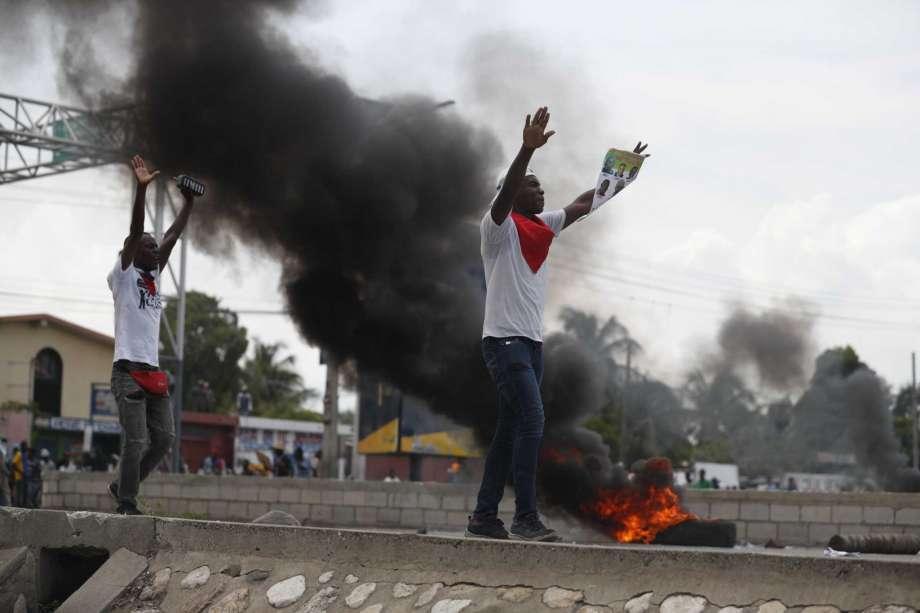 Haití se prepara hoy para más disturbios tras fuerte protesta