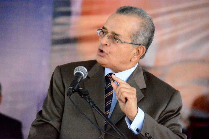 Franklin Almeyda le responde a Peralta; confirma Leonel se va del PLD