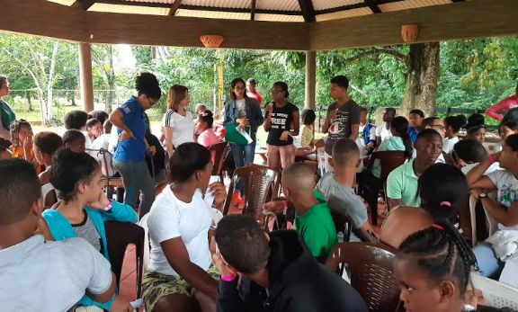 Ministerio de Educación inicia campamento de liderazgo juvenil