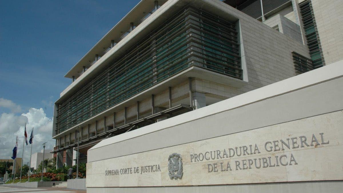 Lo que hará Ministerio Público con variación de coerción a exfiscal y exagentes DNCD implicados en caso barbería de Villa Vásquez