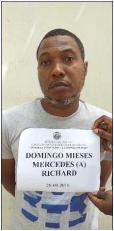 DNCD ocupa nueve paquetes de cocaína en San Isidro
