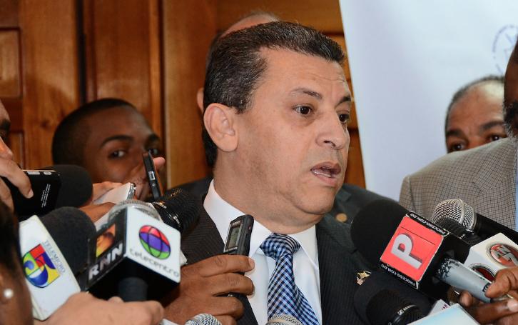 Equipo de Leonel Fernández deposita ante la JCE puntos que desea se investiguen en auditoría forense