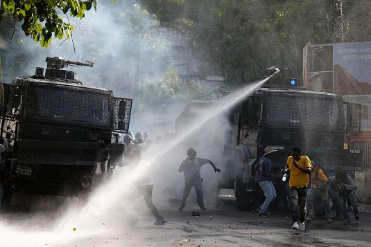 Un muerto y varios heridos en protestas para exigir salida de Moise en Haití