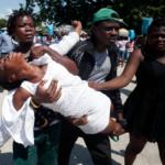 Familia de una de las víctimas de la violencia/AP