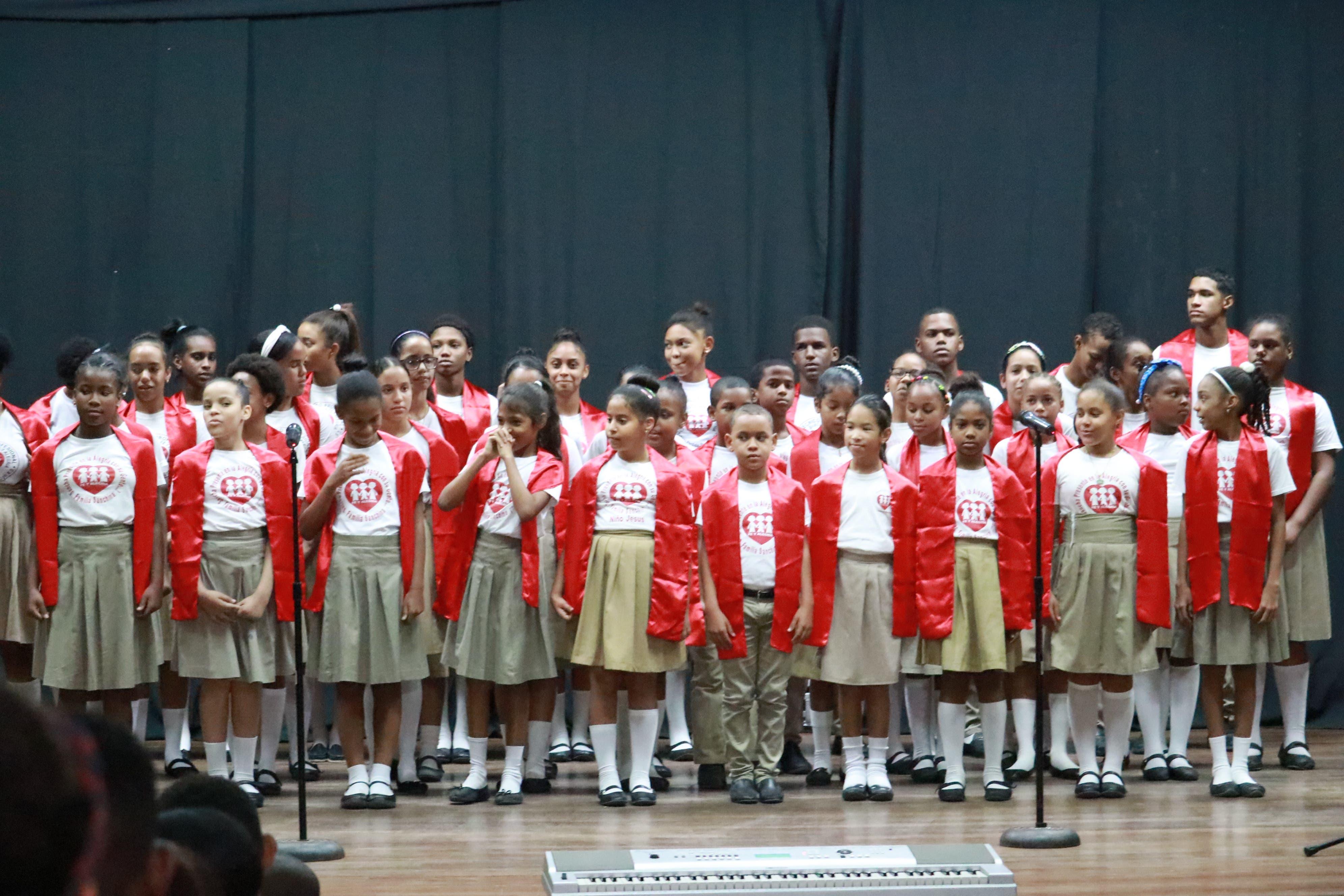 "Celebran   ""XVII Festival Regional de Coros Escolares José de Jesús Ravelo"""