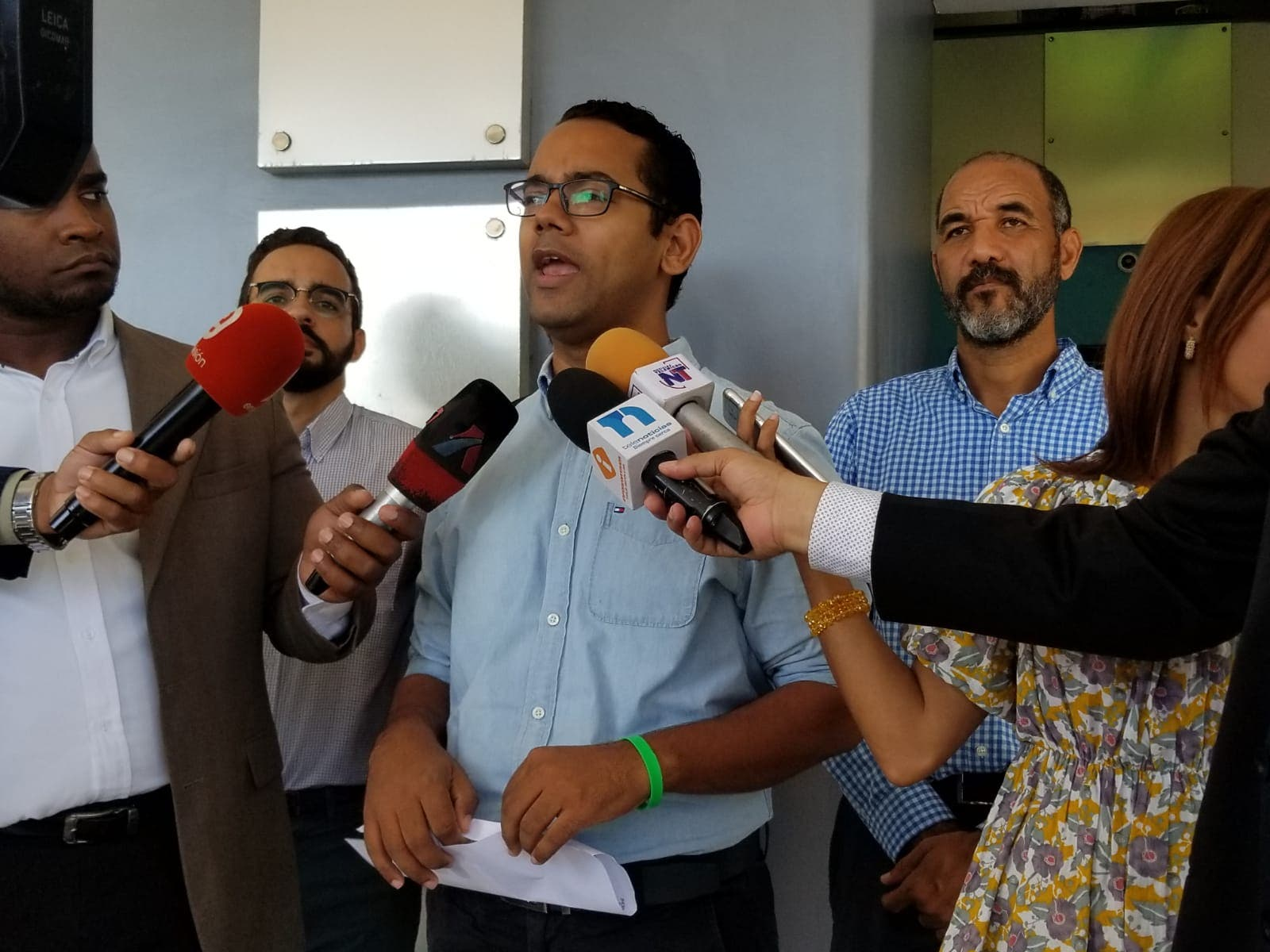 La solicitud que hace Jhonatan Liriano sobre los policías asignados a empresas privadas y funcionarios del Gobierno