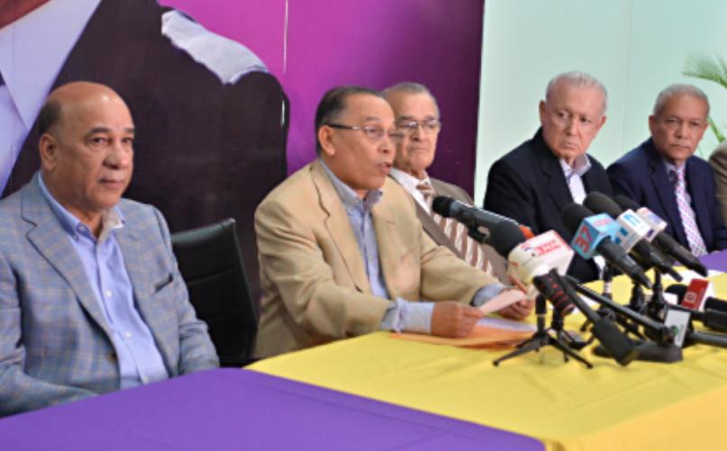 Equipo de Leonel Fernández presenta presunto fraude ocurrido en «671 mesas electorales» en primarias