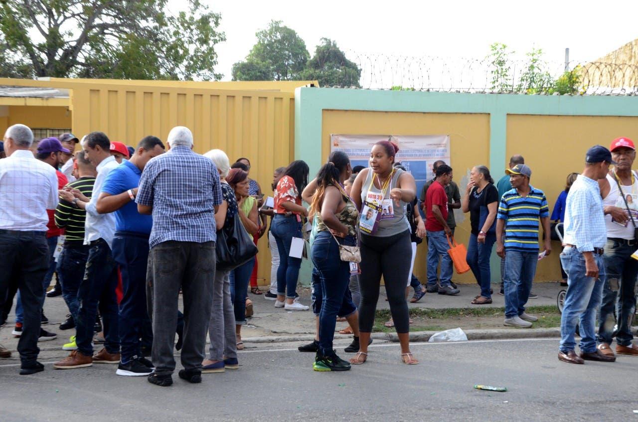 Primarias simultáneas: Dos heridos en disputa por dinero en Santiago