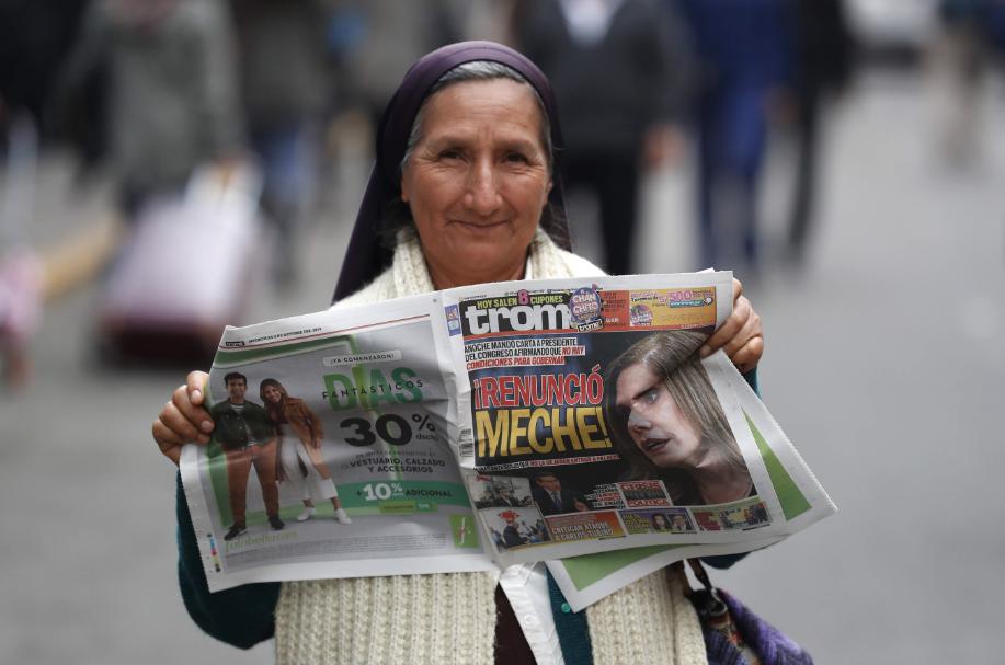Crisis en Perú: Gobierno no acepta la renuncia de la vicepresidenta