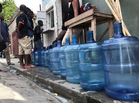 La crisis de combustible seca los grifos en Haití