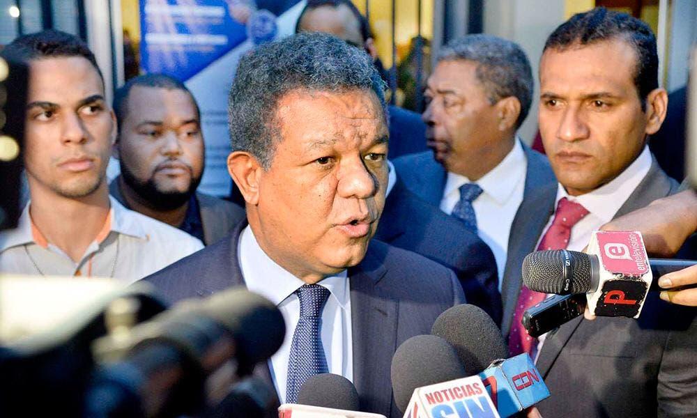 Leonel Fernández ve «magnífico» autorización de auditoría por JCE, pero condiciona resultados