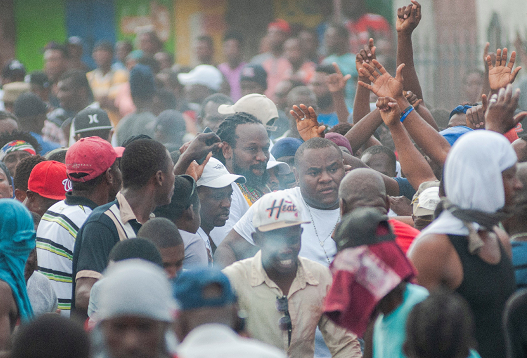 Las autoridades de las Bahamas deportan a 100 haitianos en situación ilegal