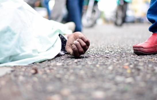 Muere hombre en accidente tras realizar un supuesto atraco y acompañante quedó herido