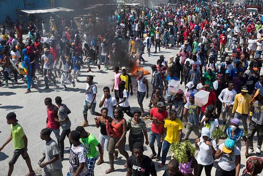 «¡Abajo Jovenel!»: miles de haitianos mantienen el pulso al presidente Moise