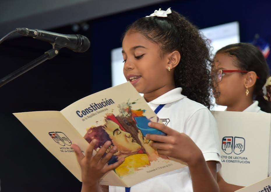 Educación aboga por fomentar respeto a la Constitución en los estudiantes