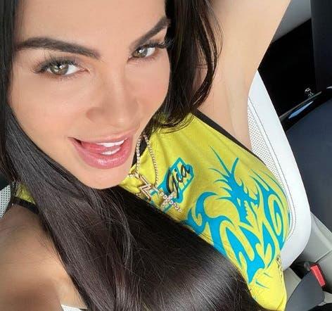 Videos: Natti Natasha anuncia «sorpresita» tras llegar a suelo dominicano