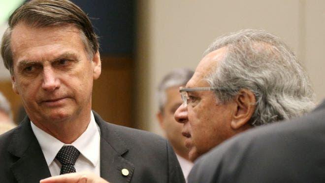 El dólar renueva su máxima en Brasil y no intimida al Gobierno de Bolsonaro