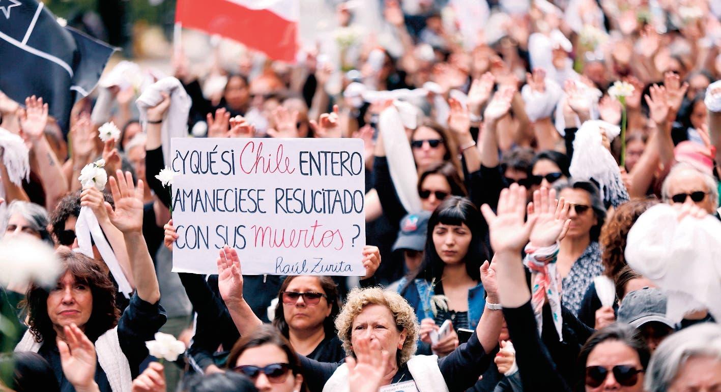 Gobierno Chile tenía proyecto para bajarle impuestos a ricos
