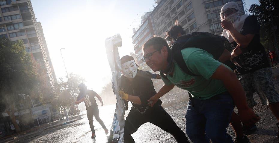 Disminuyen protestas en Chile pese a convocatoria en redes