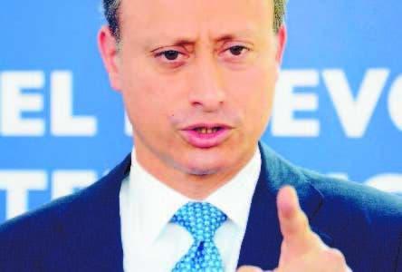 Jean Alain Rodríguez, el funcionario que limita a la prensa