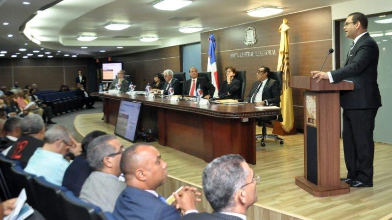 Proclama Electoral para elecciones de Febrero 2020, en la sede de la JCE. Encabezado por Julio Cesar Castaño, Mario Núñez, entre otros. Hoy/ Arlenis Castillo/08/11/19