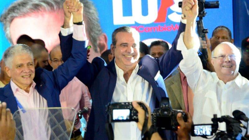 Proclamación de Luis Abinader como presidente del partido Dominicanos por el Cambio DxC y al ing. Eduardo Estrella como candidato a senador por el PRM en el municipio de Santiago.  Hoy Wilson Aracena.