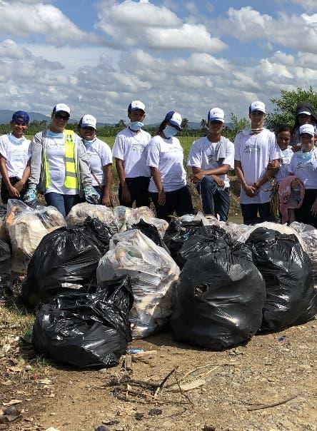 Realiza jornada recolección envases plásticos