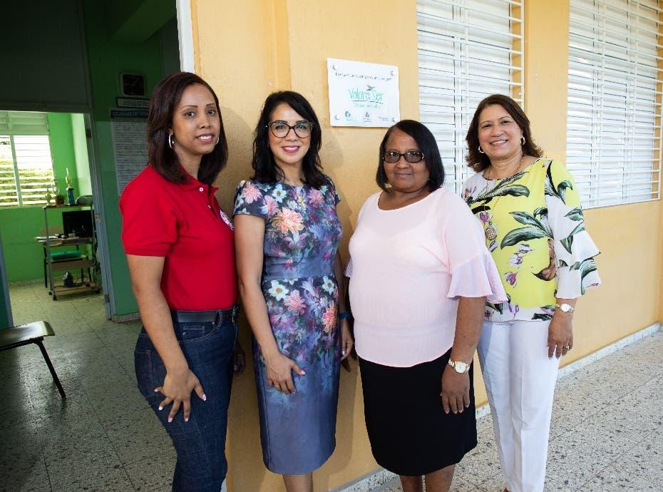 BHD León lleva propuesta a escuela