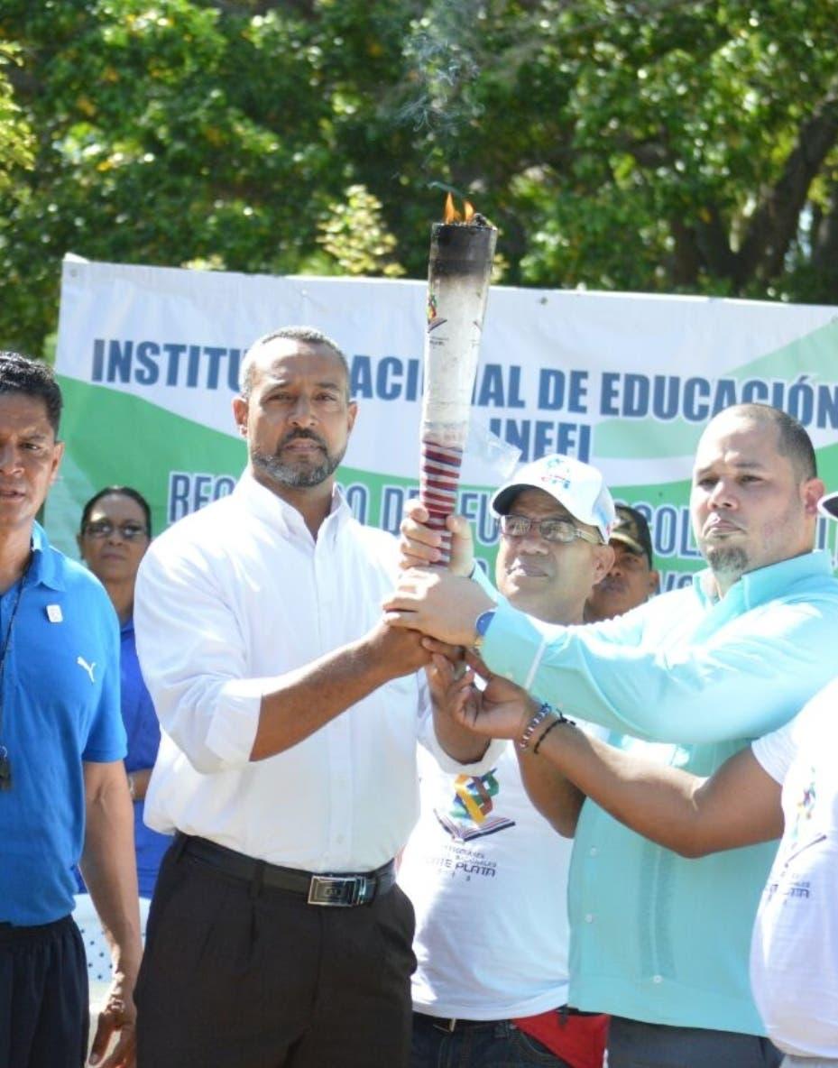 Antorcha de los Juegos Escolares llega a Mao - Hoy Digital (República Dominicana)