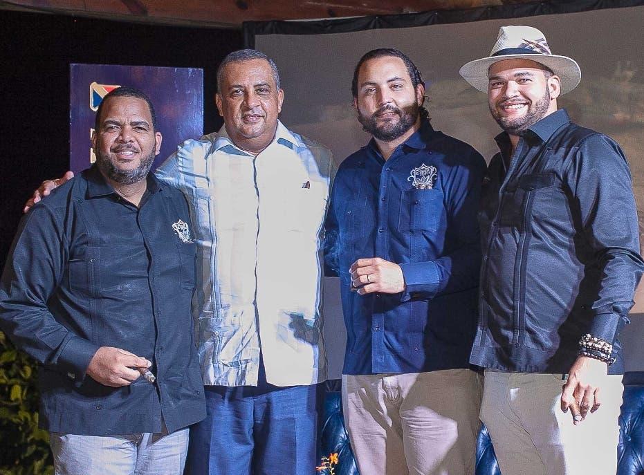 "Celebran décima cuarta entrega de ""Cameroon Cigar Night"""