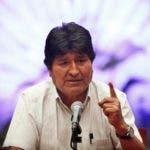El expresidente boliviano Evo Morales habla durante una rueda de prensa en el Museo de la Ciudad de México el miércoles 13 de noviembre de 2019. (AP Foto/Marco Ugarte)