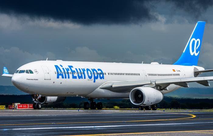 IAG pasará a liderar las conexiones aéreas entre Europa y Latinoamérica con la compra de Air Europa a través de Iberia