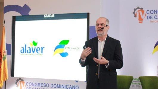 ALAVER patrocina conferencia sobre expectativas económicas y financieras