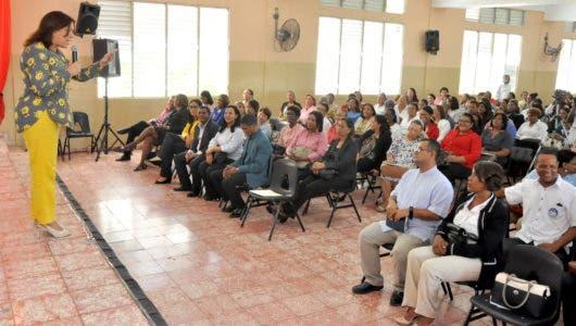 MINERD ofrece taller de lineamientos sobre Cultura de Paz e Integridad Pública