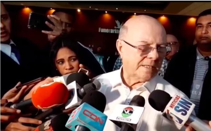 Hipólito Mejía: «Nunca me sentaría con Roberto Rosario, yo me respeto»