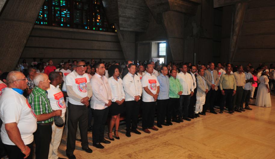 Empresarios de zona fronteriza piden a Iglesia interceder para extensión plazo Ley 28-01