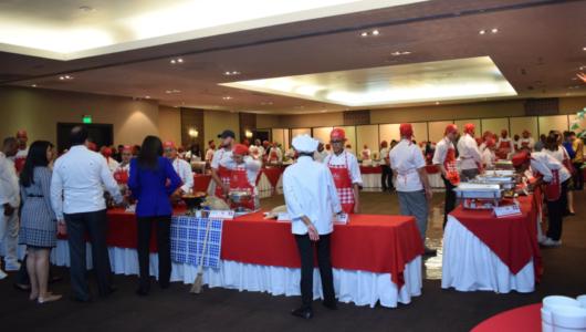 Estudiantes gastronomía APEC 3