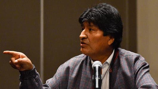 El expresidente de Bolivia Evo Morales llega a Argentina como refugiado político