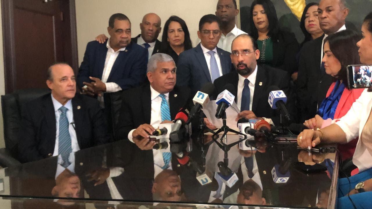 Bloque de diputados de la Fuerza de Pueblo rechaza modificación presupuestaria