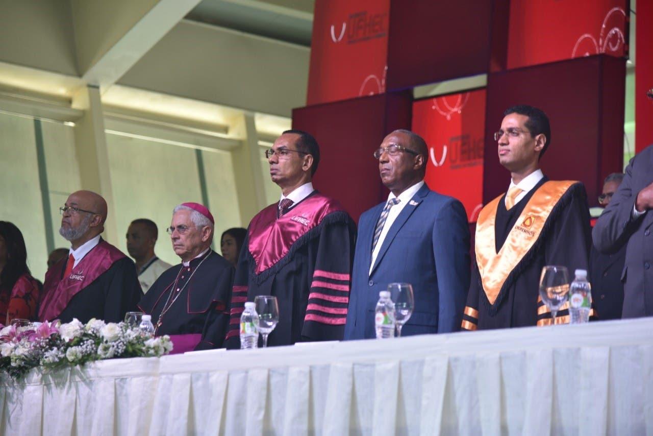 El rector de la UFHEC resalta contribución de esa academia al desarrollo nacional