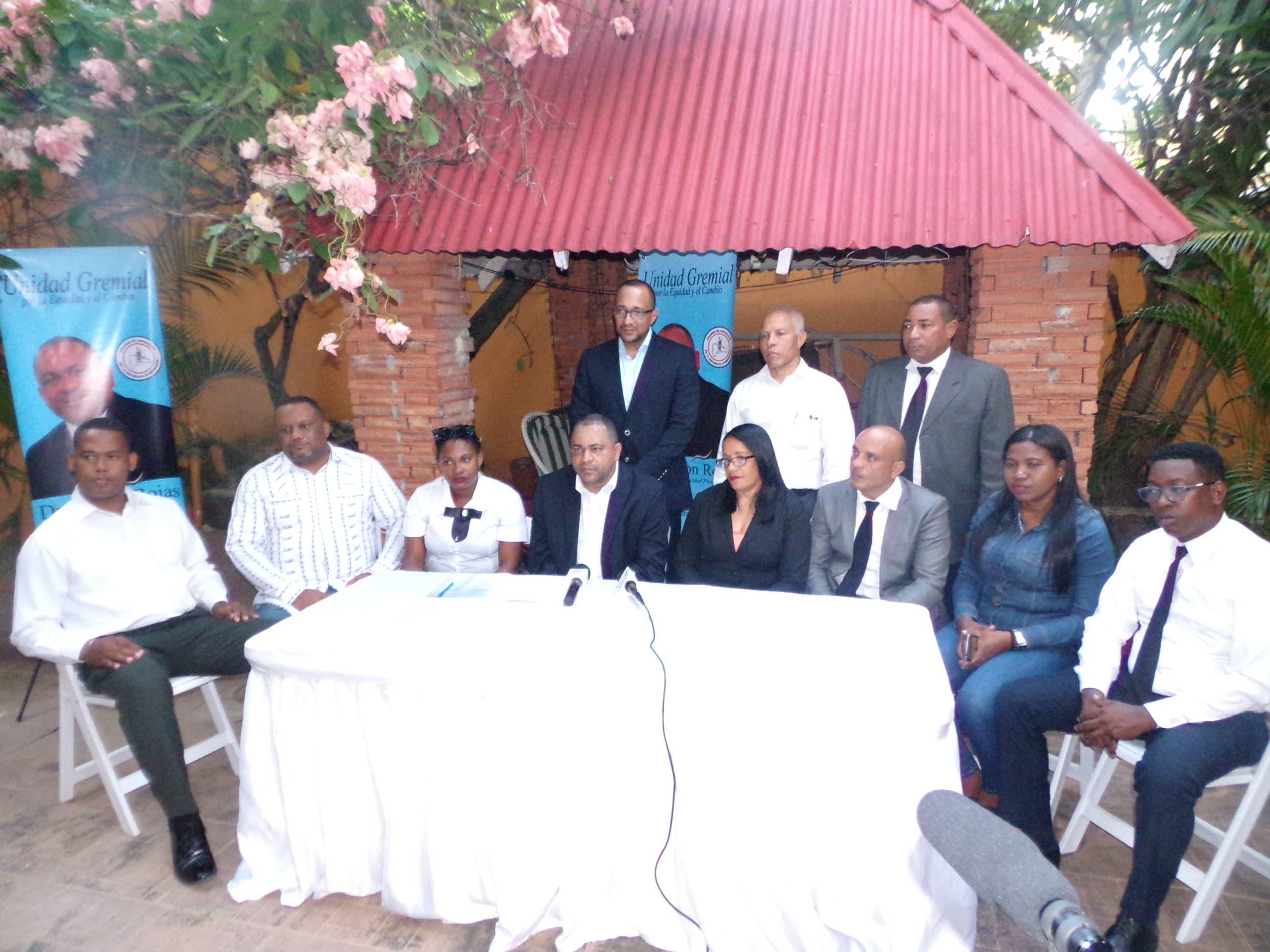 Destacado jurista lanza candidatura seccional de abogados por San Cristóbal