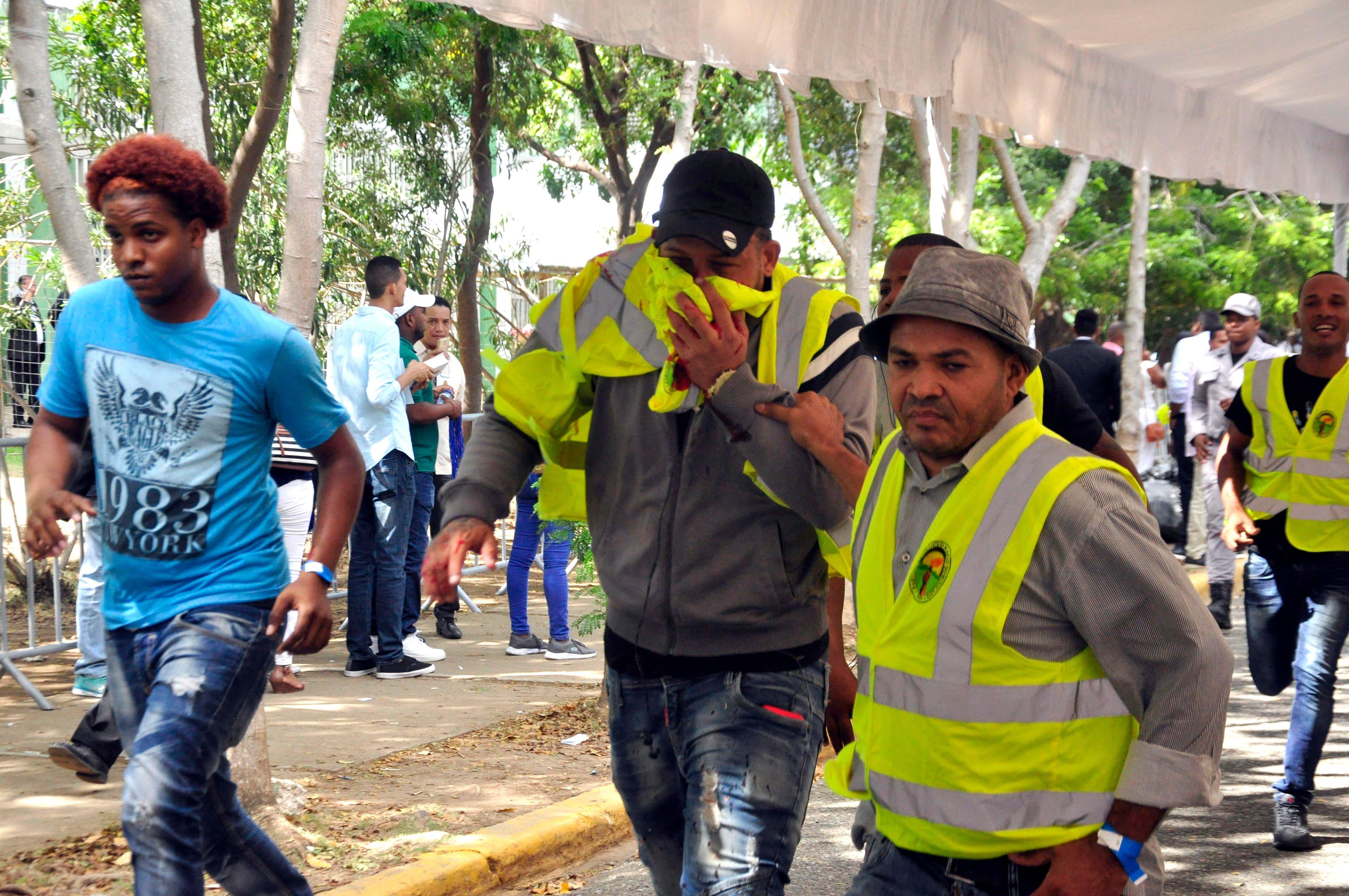 Miembros de seguridad y otras personas resultan heridas durante asamblea PRD escogió a Gonzalo Castillo